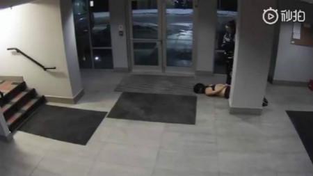 华人女生遭加拿大警察暴力执法 昏迷倒地被拖拽数十米
